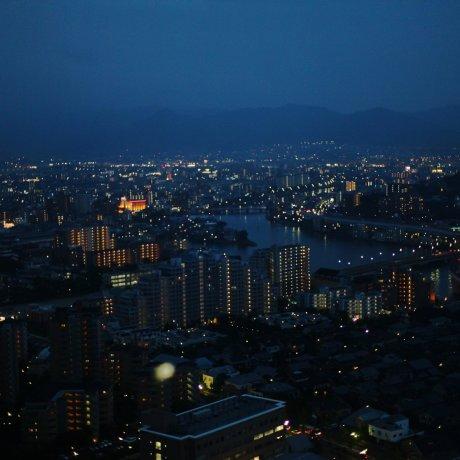 福岡塔的夜景